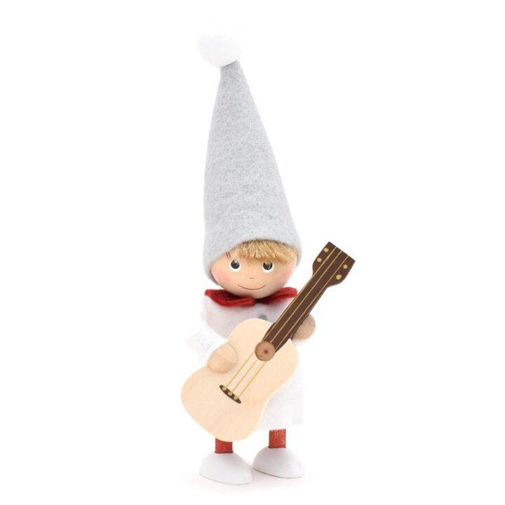 ノルディカニッセ ギターを持った男の子